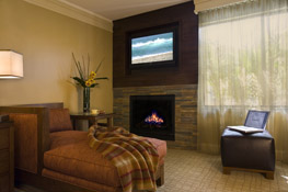 Hotel Abrego room with fireplace